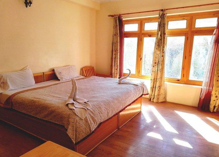 KUNGA-HOTEL-BEDS